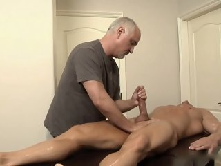 Parker London Massaged L